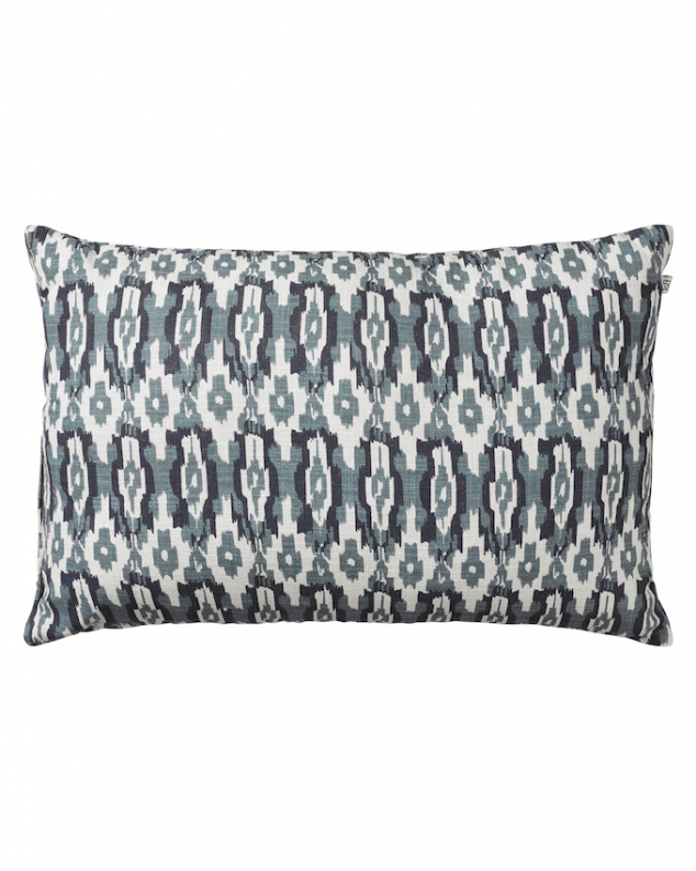 Ikat Delhi - Blue/Heaven Blue OUTDOOR in the group Cushions / Outdoor Cushions at Chhatwal & Jonsson (ZOIC080244-15)